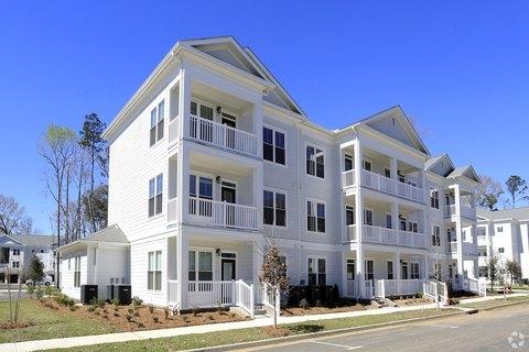 1680 Bluewater Way, Charleston, SC 29414