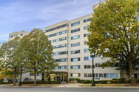 Photo of 2500 Wisconsin Ave Nw, Washington, DC 20007