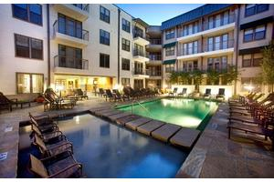 apartments for rent at camden belmont 2500 bennett ave dallas tx