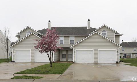 Photo of 1608 Garden Ter, Harrisonville, MO 64701