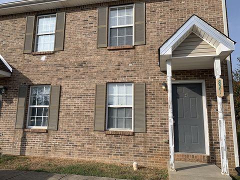 Photo of 821 Oak Arbor Ct Apt 4, Clarksville, TN 37040