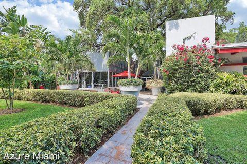 Photo of 750 Ne 64th St, Miami, FL 33138