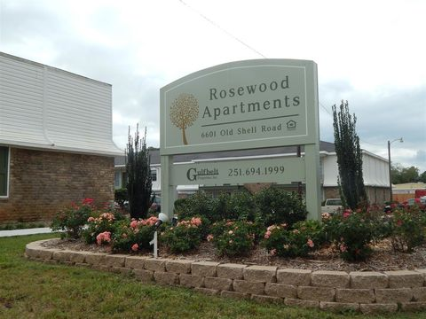 Photo of 6601 Old Shell Rd, Mobile, AL 36608
