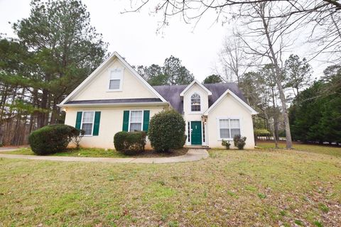Photo of 105 Cottage Cir, Fayetteville, GA 30215