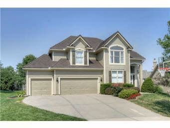 Photo of 7816 W 147th Ter, Overland Park, KS 66223