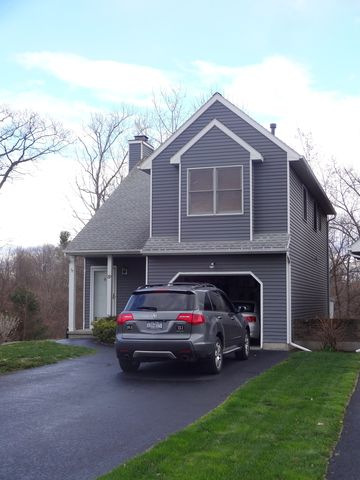 89 Cooks Ct, Waterford, NY 12188