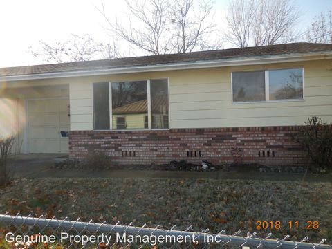 1208 Iowa St, Ashland, OR 97520