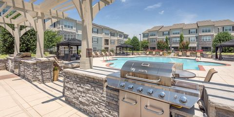 Photo of 350 Amberleigh Bluff Way, Knoxville, TN 37922