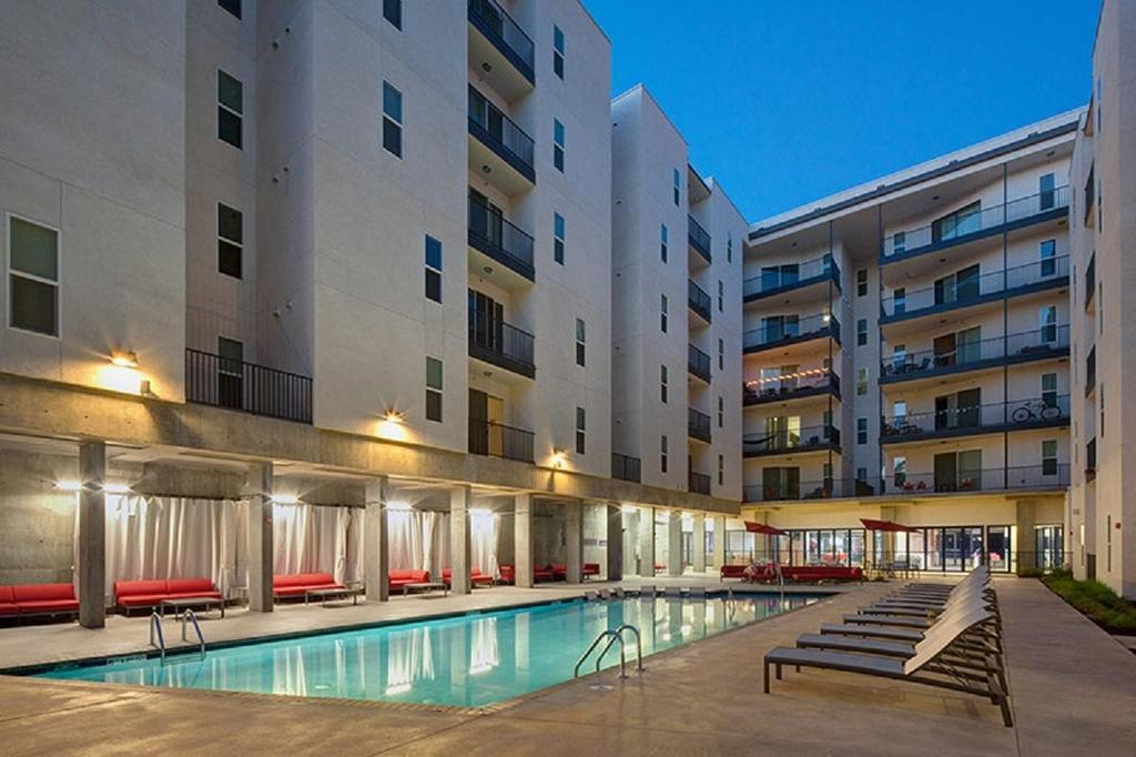 The Academy at Frisco - Student Housing