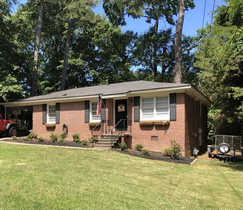 Photo of 343 Village Dr, Auburn, AL 36830