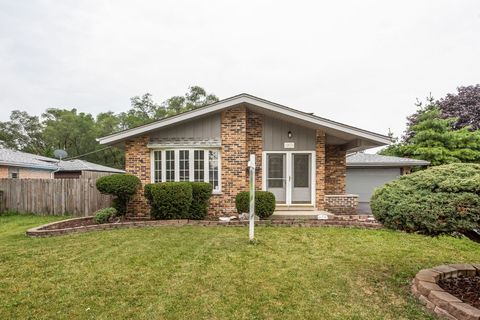 Photo of 16464 Laura Ln, Oak Forest, IL 60452