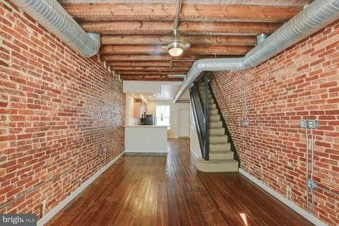 Photo of 414 N Streeper St, Baltimore, MD 21224
