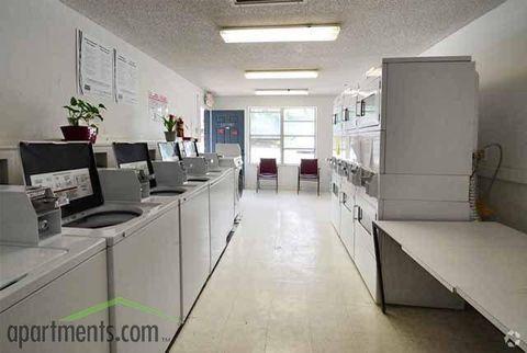 240 Whispering Oaks Ct, Orange City, FL 32763