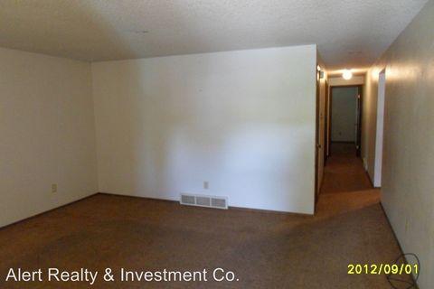 Photo of 212-214 E St Clair Ave, Longmont, CO 80504