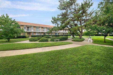 Photo of 11851 High Dale Dr, Dallas, TX 75234