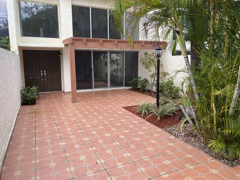 Photo of 7938 Sw 105th Pl, Miami, FL 33173