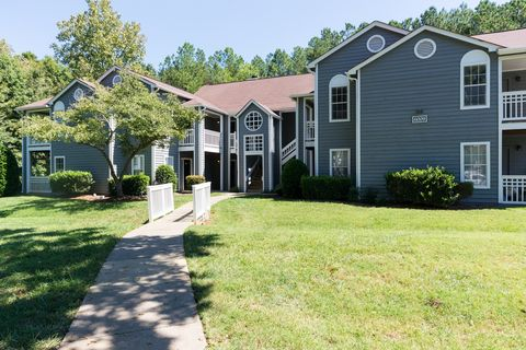 Photo of 6000 Delta Crossing Ln, Charlotte, NC 28212
