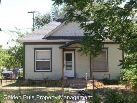 229 E 2nd Ave, Hutchinson, KS 67501