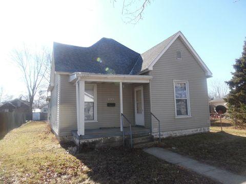 2245 4th Ave, Terre Haute, IN 47807