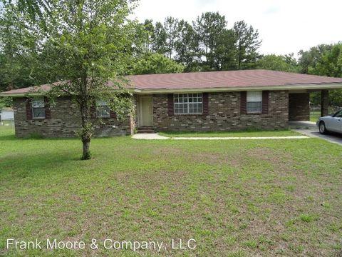 106 W Moore St, Bloomingdale, GA 31302