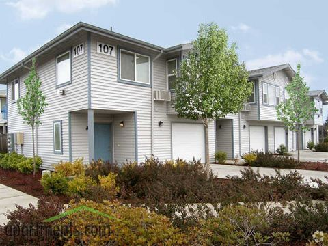 317 N 30th St, Springfield, OR 97478