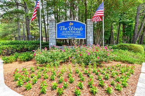 Photo of 850 Mount Zion Rd, Jonesboro, GA 30236
