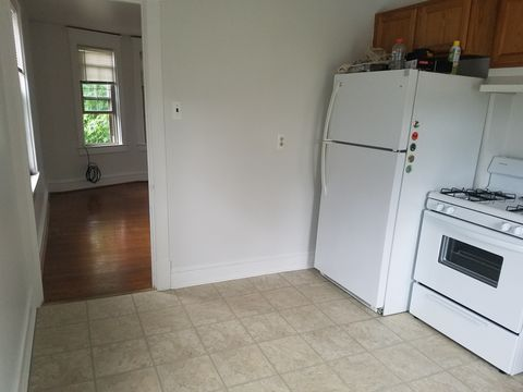 559 13th Ave Apt 2, Prospect Park, PA 19076