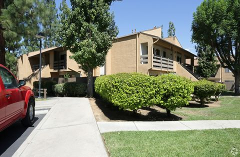 1498 Brookside Ave, Redlands, CA 92373