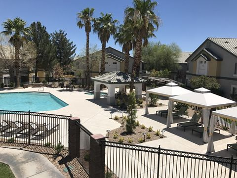 Photo of 701 Aspen Peak Loop, Henderson, NV 89011