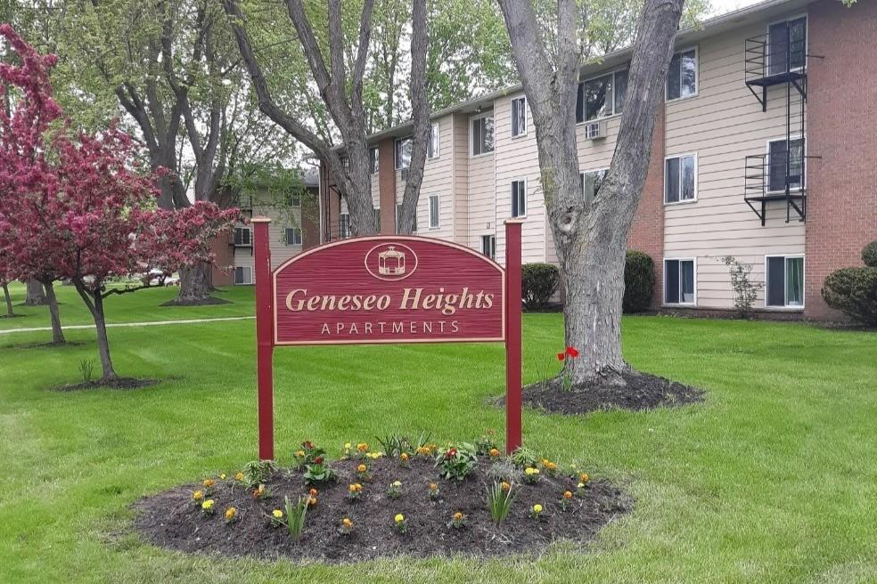 Geneseo Heights Apartments