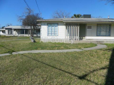 607 Ellor Dr, San Antonio, TX 78228