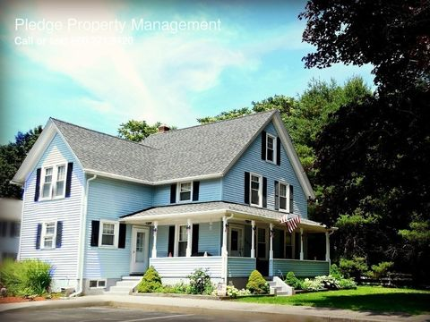 480 Pleasant Valley Rd S, Groton, CT 06340