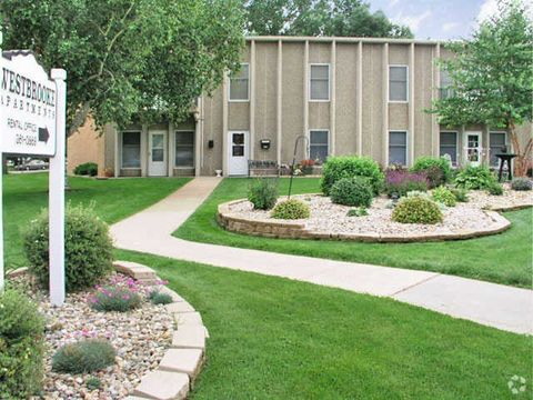 3300 S Westbrooke Ln, Sioux Falls, SD 57106