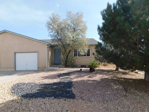 Photo of 182 S Eads Dr, Pueblo West, CO 81007