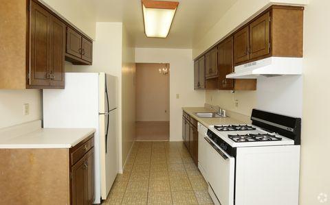 Photo of 305 Hurley Ave, Kingston, NY 12401
