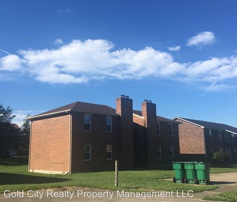 2840 Frontier Ct, Radcliff, KY 40160