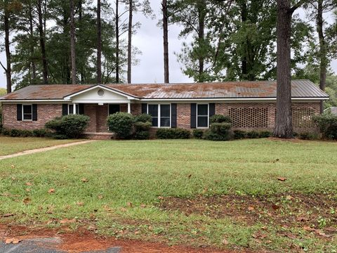 Photo of 2117 Tamara Rd, Waycross, GA 31503