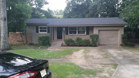 Photo of 1884 Pepper Hill Ct, Tallahassee, FL 32304