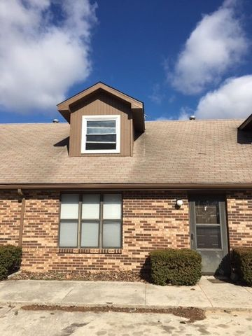 Photo of 3707 S Luster Ave Apt F, Springfield, MO 65804