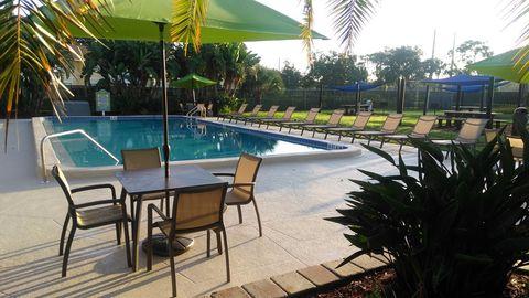 Photo of 1700 Woodlake Dr Ne, Palm Bay, FL 32905