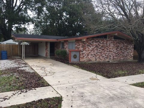 Photo of 203 Gerald Dr, Lafayette, LA 70503