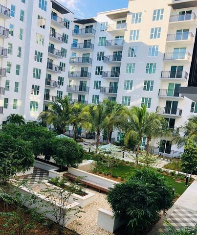 Photo of 1900 Se 10th Ave, Fort Lauderdale, FL 33316
