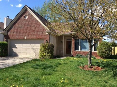 Photo of 9940 Wellcroft Ln, Indianapolis, IN 46236