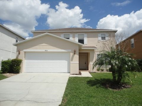 Photo of 6924 Lake Eaglebrooke Dr, Lakeland, FL 33813
