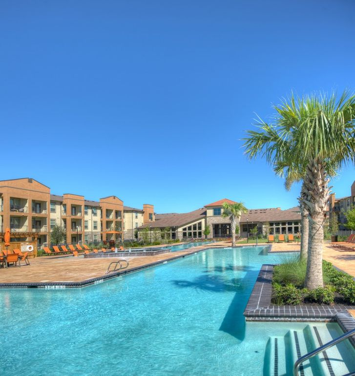 Pearland Apartments: 2500 Business Center Dr, Pearland, TX 77584