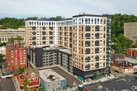 Photo of 4500 Centre Ave, Pittsburgh, PA 15213