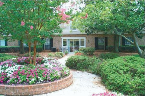Photo of 702 Edwards Rd, Greenville, SC 29615