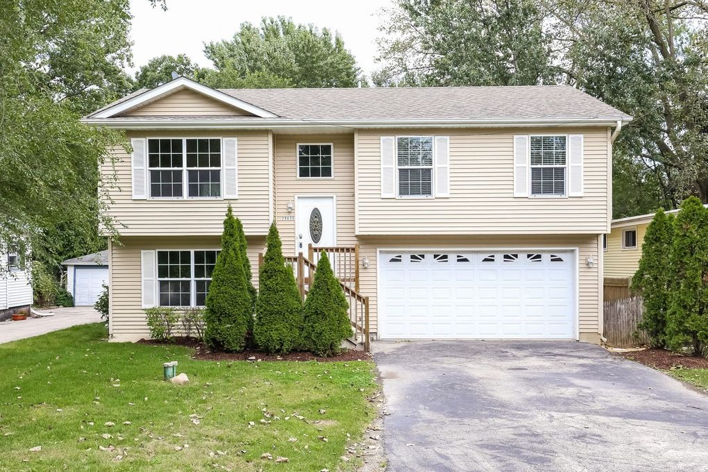 houses for lease 29835 bayshore dr lake bluff il 60044 realtor 174 29835