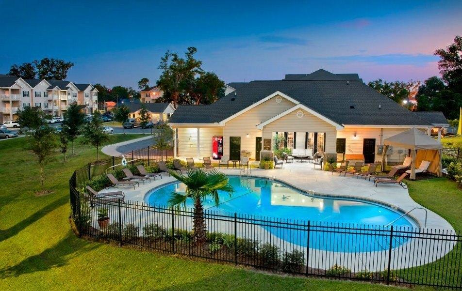Majestic Oaks Apartment Homes Pensacola Fl