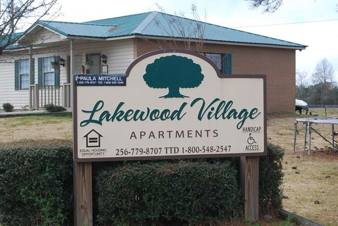 Photo of 4350 Lakewood Vlg, Cedar Bluff, AL 35959